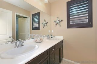 Photo 14: SAN MARCOS House for sale : 3 bedrooms : 540 Moonlight Drive
