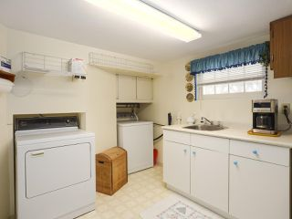 Photo 25: 1861 E 35TH AVENUE in Vancouver: Victoria VE House for sale (Vancouver East)  : MLS®# R2463149