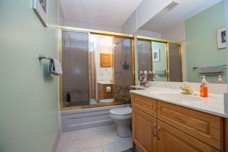 Photo 18: 127 Sandalwood Place NW in Calgary: Sandstone Valley Detached for sale : MLS®# A1048692