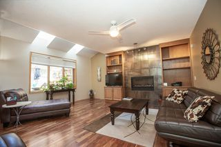 Photo 4: 127 Sandalwood Place NW in Calgary: Sandstone Valley Detached for sale : MLS®# A1048692
