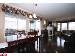 "Photo 4: 311 20897 57TH Avenue in Langley: Langley City Condo for sale in ""Arbour Lane"" : MLS®# F1110428"