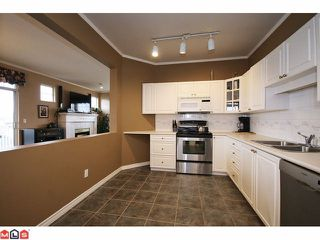 """Photo 5: 311 20897 57TH Avenue in Langley: Langley City Condo for sale in """"Arbour Lane"""" : MLS®# F1110428"""