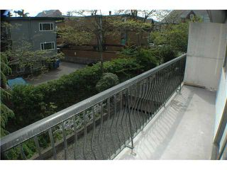 "Photo 9: 308 2330 MAPLE Street in Vancouver: Kitsilano Condo for sale in ""MAPLE GARDENS"" (Vancouver West)  : MLS®# V892245"