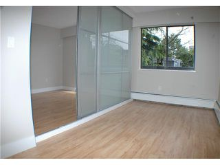 "Photo 7: 308 2330 MAPLE Street in Vancouver: Kitsilano Condo for sale in ""MAPLE GARDENS"" (Vancouver West)  : MLS®# V892245"