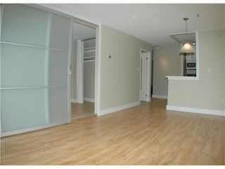 "Photo 5: 308 2330 MAPLE Street in Vancouver: Kitsilano Condo for sale in ""MAPLE GARDENS"" (Vancouver West)  : MLS®# V892245"
