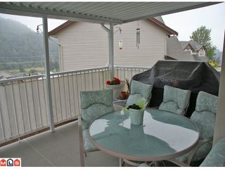 Photo 10: 35492 STRATHCONA Court in Abbotsford: Abbotsford East House for sale : MLS®# F1124867