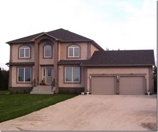Main Photo: 70 River Grove in Sanford: Brunkild / La Salle / Oak Bluff / Sanford / Starbuck / Fannystelle Residential for sale (Winnipeg area)  : MLS®# 1305672