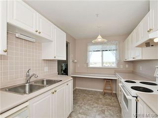 Photo 8: 307 2250 James White Boulevard in SAANICHTON: SI Sidney North-East Residential for sale (Sidney)  : MLS®# 323451