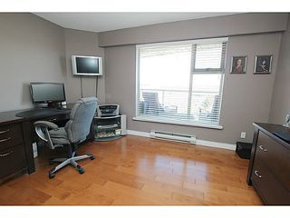 "Photo 14: 203 70 RICHMOND Street in New Westminster: Fraserview NW Condo for sale in ""GOVERNOR'S COURT"" : MLS®# V1051672"