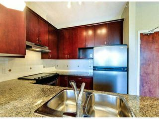 """Photo 4: 503 1581 FOSTER Street: White Rock Condo for sale in """"SUSSEX HOUSE"""" (South Surrey White Rock)  : MLS®# F1423430"""