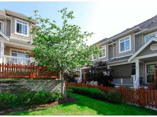 "Photo 2: 28 6852 193RD Street in Surrey: Clayton Townhouse for sale in ""INDIGO"" (Cloverdale)  : MLS®# F1426154"