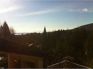 """Photo 2: 5623 EAGLE Court in North Vancouver: Grouse Woods House 1/2 Duplex for sale in """"Grousewoods"""" : MLS®# V1103853"""