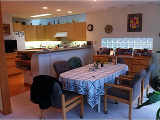 """Photo 10: 5623 EAGLE Court in North Vancouver: Grouse Woods House 1/2 Duplex for sale in """"Grousewoods"""" : MLS®# V1103853"""