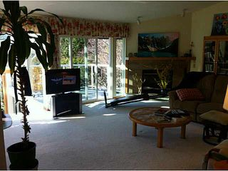 """Photo 7: 5623 EAGLE Court in North Vancouver: Grouse Woods House 1/2 Duplex for sale in """"Grousewoods"""" : MLS®# V1103853"""