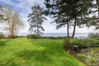 Photo 4: 4879 Cordova Bay Road in VICTORIA: SE Cordova Bay Single Family Detached for sale (Saanich East)  : MLS®# 348462