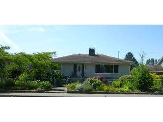 Main Photo: 5743 DOLPHIN Street in Sechelt: Sechelt District House for sale (Sunshine Coast)  : MLS®# V1130930