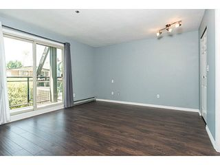 """Photo 11: 202 2709 VICTORIA Drive in Vancouver: Grandview VE Condo for sale in """"VICTORIA COURT"""" (Vancouver East)  : MLS®# V1132733"""