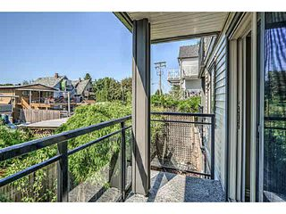 """Photo 10: 202 2709 VICTORIA Drive in Vancouver: Grandview VE Condo for sale in """"VICTORIA COURT"""" (Vancouver East)  : MLS®# V1132733"""
