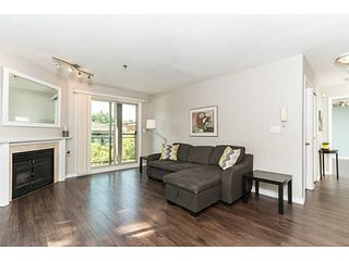 """Photo 9: 202 2709 VICTORIA Drive in Vancouver: Grandview VE Condo for sale in """"VICTORIA COURT"""" (Vancouver East)  : MLS®# V1132733"""
