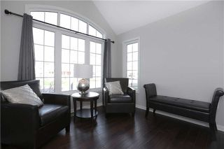 Photo 3: 250 Schreyer Crest in Milton: Harrison House (2-Storey) for sale : MLS®# W3367675