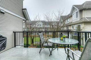 "Photo 15: 10 19141 124 Avenue in Pitt Meadows: Mid Meadows Townhouse for sale in ""MEADOWVIEW ESTATES"" : MLS®# R2023282"