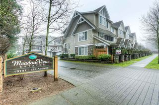 "Photo 1: 10 19141 124 Avenue in Pitt Meadows: Mid Meadows Townhouse for sale in ""MEADOWVIEW ESTATES"" : MLS®# R2023282"