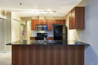 Photo 8: 106 2780 ACADIA Road in Vancouver: University VW Townhouse for sale (Vancouver West)  : MLS®# R2045967