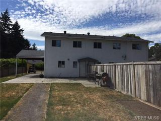 Photo 2: 2963 Adye Road in VICTORIA: Co Hatley Park Strata Duplex Unit for sale (Colwood)  : MLS®# 364919