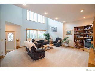 Photo 2: 1145 Des Trappistes Street in Winnipeg: Fort Garry / Whyte Ridge / St Norbert Residential for sale (South Winnipeg)  : MLS®# 1615114