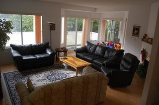 Photo 4: 10 6700 Rumble Street in Francisco Lane: Home for sale : MLS®# V673928