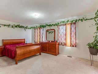 Photo 2: 148 Degrassi Cove Circle in Brampton: Credit Valley House (2-Storey) for sale : MLS®# W3607156