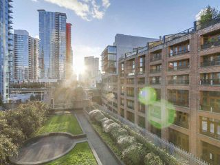 "Photo 11: 501 183 KEEFER Place in Vancouver: Downtown VW Condo for sale in ""PARIS PLACE"" (Vancouver West)  : MLS®# R2124284"