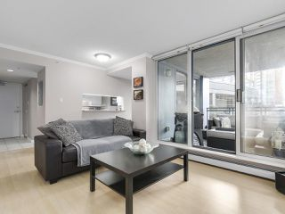 "Photo 15: 501 183 KEEFER Place in Vancouver: Downtown VW Condo for sale in ""PARIS PLACE"" (Vancouver West)  : MLS®# R2124284"