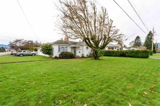 Photo 2: 9345 CORBOULD Street in Chilliwack: Chilliwack W Young-Well House for sale : MLS®# R2124416