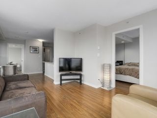 """Photo 9: 1507 1068 W BROADWAY in Vancouver: Fairview VW Condo for sale in """"The Zone"""" (Vancouver West)  : MLS®# R2137350"""