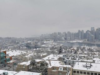 """Photo 11: 1507 1068 W BROADWAY in Vancouver: Fairview VW Condo for sale in """"The Zone"""" (Vancouver West)  : MLS®# R2137350"""