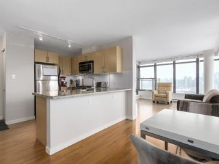"""Photo 5: 1507 1068 W BROADWAY in Vancouver: Fairview VW Condo for sale in """"The Zone"""" (Vancouver West)  : MLS®# R2137350"""