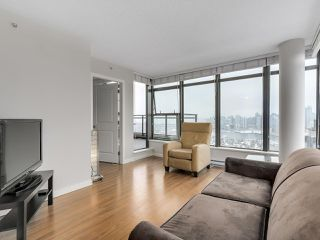 """Photo 6: 1507 1068 W BROADWAY in Vancouver: Fairview VW Condo for sale in """"The Zone"""" (Vancouver West)  : MLS®# R2137350"""