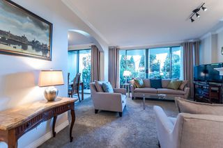"Photo 3: 111 1785 MARTIN Drive in Surrey: Sunnyside Park Surrey Condo for sale in ""Southwynd"" (South Surrey White Rock)  : MLS®# R2141403"