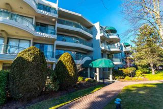 "Photo 2: 111 1785 MARTIN Drive in Surrey: Sunnyside Park Surrey Condo for sale in ""Southwynd"" (South Surrey White Rock)  : MLS®# R2141403"