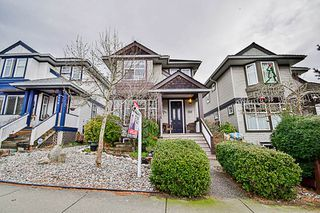 Photo 2: 5766 149 Street in Surrey: Sullivan Station House for sale : MLS®# R2148878