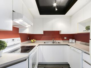 "Photo 7: 1106 13353 108TH Avenue in Surrey: Whalley Condo for sale in ""Cornerstone II"" (North Surrey)  : MLS®# R2158015"