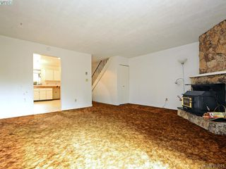 Photo 4: 2973 Almartin Place in VICTORIA: Co Hatley Park Strata Duplex Unit for sale (Colwood)  : MLS®# 383015