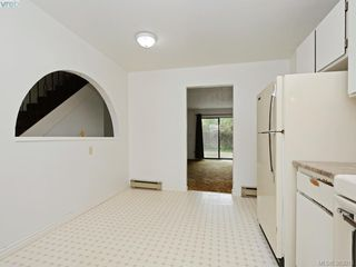 Photo 9: 2973 Almartin Place in VICTORIA: Co Hatley Park Strata Duplex Unit for sale (Colwood)  : MLS®# 383015