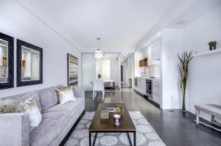 Photo 5: 266 E 2ND AVENUE in Vancouver: Mount Pleasant VE Townhouse for sale (Vancouver East)  : MLS®# R2212313