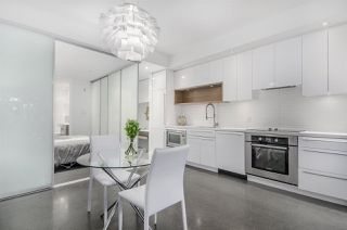 Photo 8: 266 E 2ND AVENUE in Vancouver: Mount Pleasant VE Townhouse for sale (Vancouver East)  : MLS®# R2212313