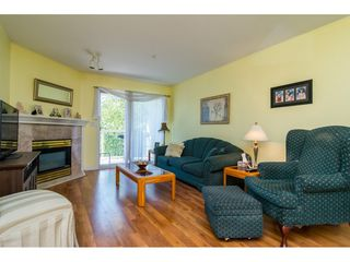 Photo 4: 203 20240 54A AVENUE in Langley: Langley City Condo for sale : MLS®# R2194442