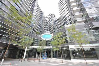 Photo 1: 1616 68 Smithe Street in Vancouver: Condo for sale : MLS®# R2132062