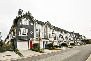 """Photo 2: 73 8438 207A Street in Langley: Willoughby Heights Townhouse for sale in """"YORK"""" : MLS®# R2220551"""