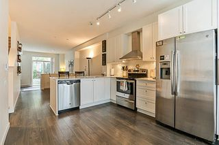 """Photo 9: 73 8438 207A Street in Langley: Willoughby Heights Townhouse for sale in """"YORK"""" : MLS®# R2220551"""